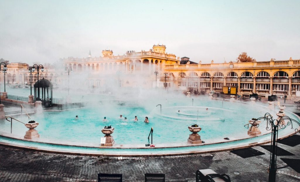 Szechenyi Baths ujrat termale budapest hima travel
