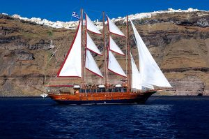 Udhetim me varke ne Santorini