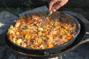 Ushqim tradicional Mavrove