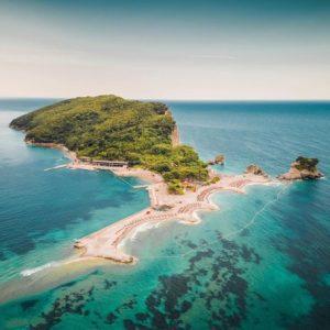Ishulli St Nikola ne Budva