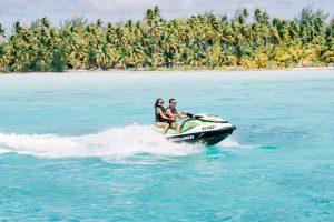 Jet ski ne Bora Bora