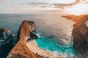 Plazhi Kelingking ne Nusa Penida