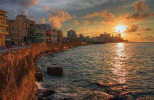 Pushime ne Malecon, Havana